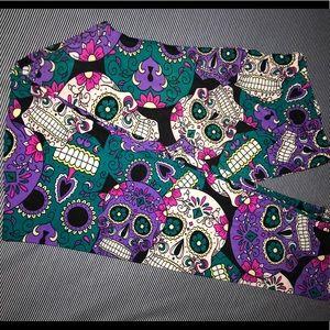 EEVEE Teal & Purple Sugar Skull Leggings 💜💀